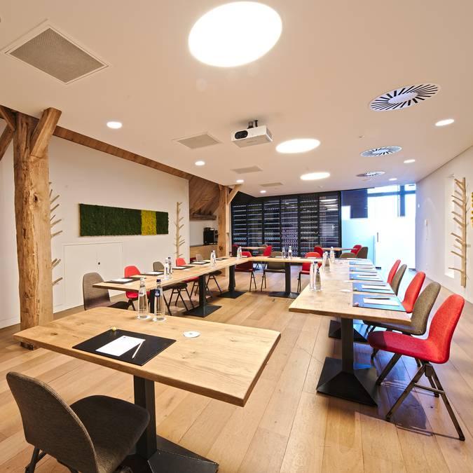 Salle de réunion, golf Naxhelet